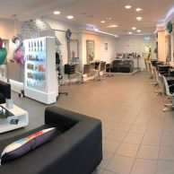 Zest Hair and Beauty
