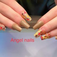 Angel Nails, Barrow